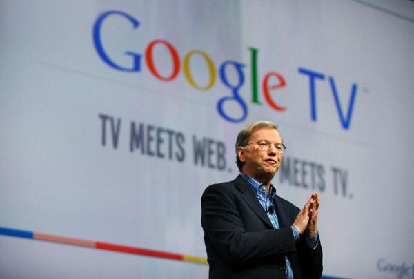 Эрик Шмидт представляет платформу Google TV. (Май 2010 года; фото Kim Kulish / Corbis.)